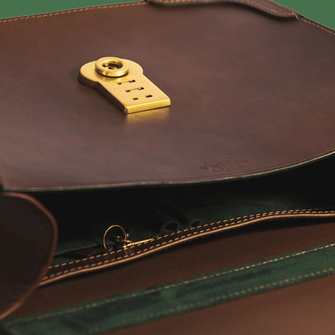The Basic briefcase chestnut